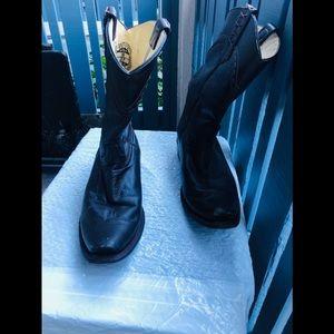 Afrkan Boots